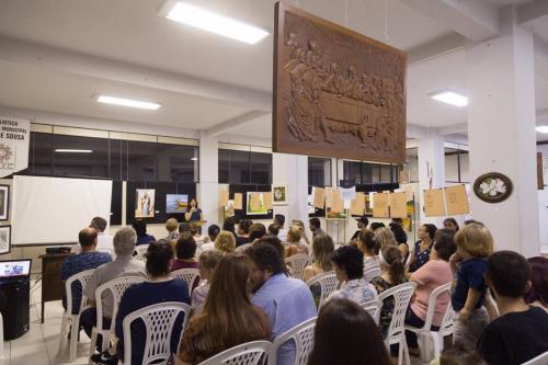 """""""CELEBRANDO COM ARTE"""" – Coletiva de Artistas e Escritores Indaialenses"""